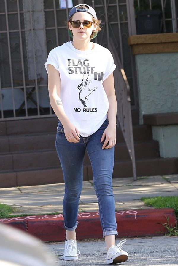 t-shirt kristen stewart jeans