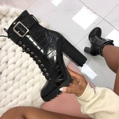 boot,black booties,shoes