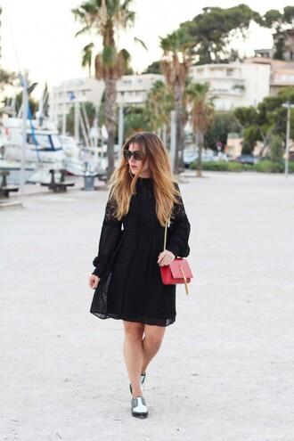 elodie in paris blogger dress sunglasses bag shoes