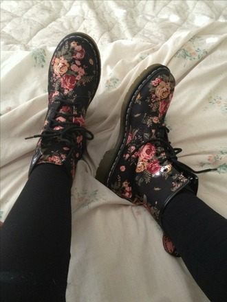 shoes grunge hippie grunge shoes hipster indie flowers floral boots