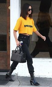 top,jeans,selena gomez,streetstyle,spring outfits,ankle boots,bag