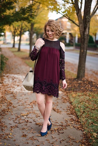 something delightful blogger dress shoes bag jewels fall outfits pumps