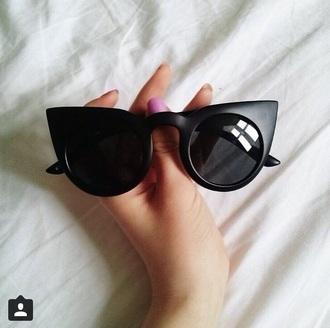 sunglasses black round cateye