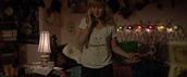 molly,21 jump street,v-nec,white shirt,brie larson,shirt
