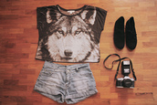 t-shirt,shoes,black,wolf,crop tops,denim,acid wash,shirt,shorts,cute,grey,white,top,crop,cool,wolves,jacket