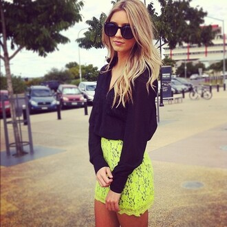 skirt shirt sunglasses yellow cute fashion black floral girl blonde hair neon yellow neon lace summer outfits beach