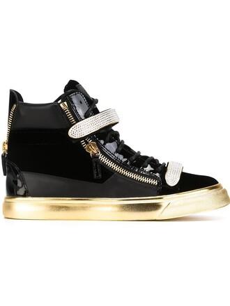 zip sneakers black shoes
