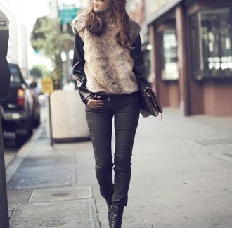 jullianne blogger sweater faux fur coated pouch black jeans