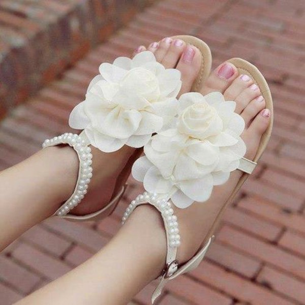 Shoes Details White Light Sandals Flat Summer Cute Lovely Flowers Pearl Floral
