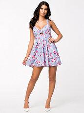 dress,girly,colorful dress,skater dress,keyhole dress,heartshaped