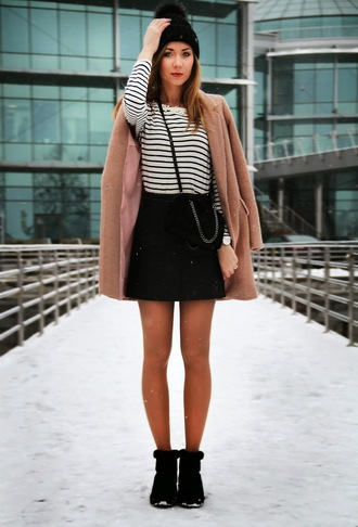 dream love shop blogger camel coat striped top black skirt coat skirt top bag shoes jewels
