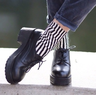 shoes vintage vogue style platforms boots