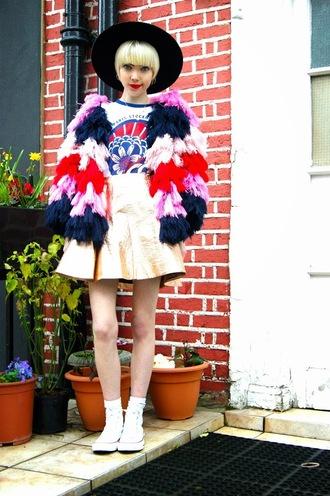 stella's wardrobe blogger hat metallic gold skater skirt puffy colorful graphic tee