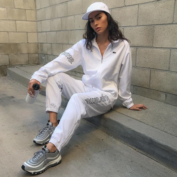 shoes nike nikes 90's shoes 90s style supreme fashion tumblr instagram sneakers tennis shoes