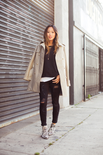 jeans grey coat black sweater white shirt black ripped jeans blogger