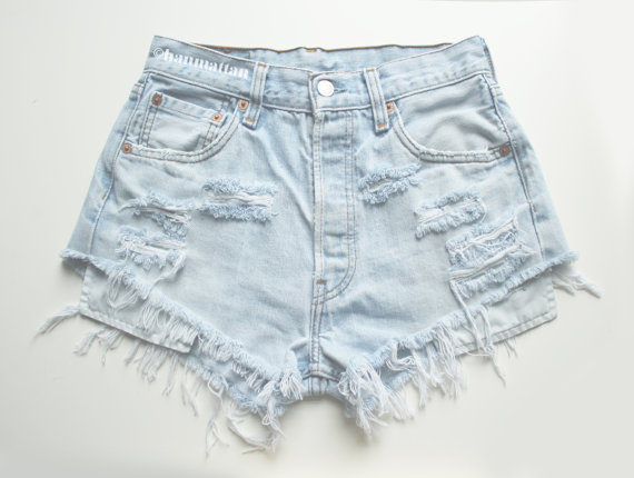 ALL SIZES PLAINO2 Vintage highwaisted denim shorts by Hanmattan