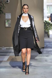 top,plunge v neck,white top,sandals,skirt,olivia culpo,fall outfits