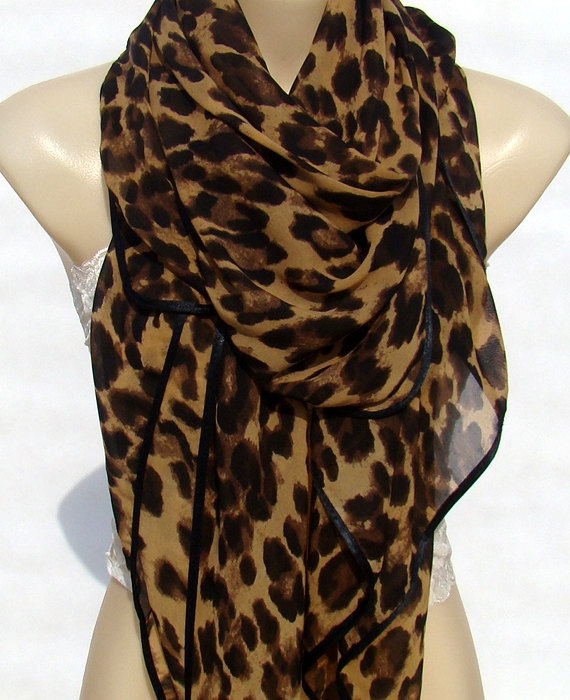 Free shipping and returns on BP. Leopard Print Scarf at coolzloadwok.ga Soft fringe traces the edges of a lightweight scarf printed in a classic leopard pattern/5().