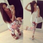 pants,leggings,jeans,floral,shoes,bag