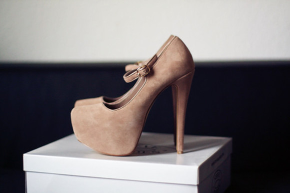 shoes high heels nude beige shoes elegant