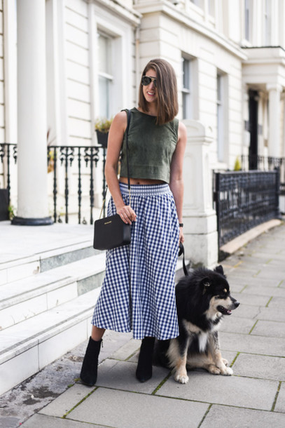 thank fifi blogger skirt shoes bag jewels coat green green top blue skirt black bag aviator sunglasses ankle boots black boots