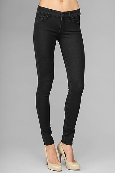Gwenevere super skinny gummy denim in black : 7 for all mankind