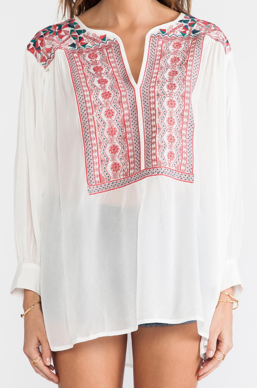 Antik Batik блузка careyes в цвете Кремовый | REVOLVE