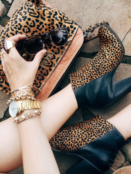 fashion coolture blogger sunglasses boots leopard print animal print gold watch jewels shoes