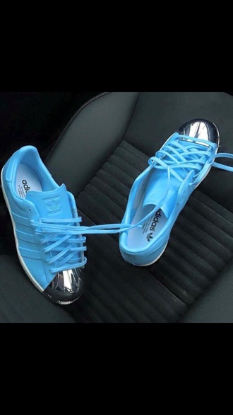 shoes baby blue adidas silver sneakers
