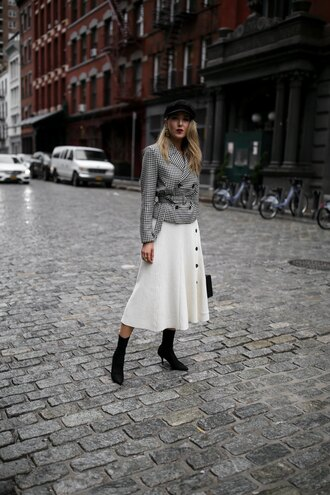 memorandum blogger jacket skirt shoes hat jewels bag floral midi skirt white skirt sock boots fisherman cap