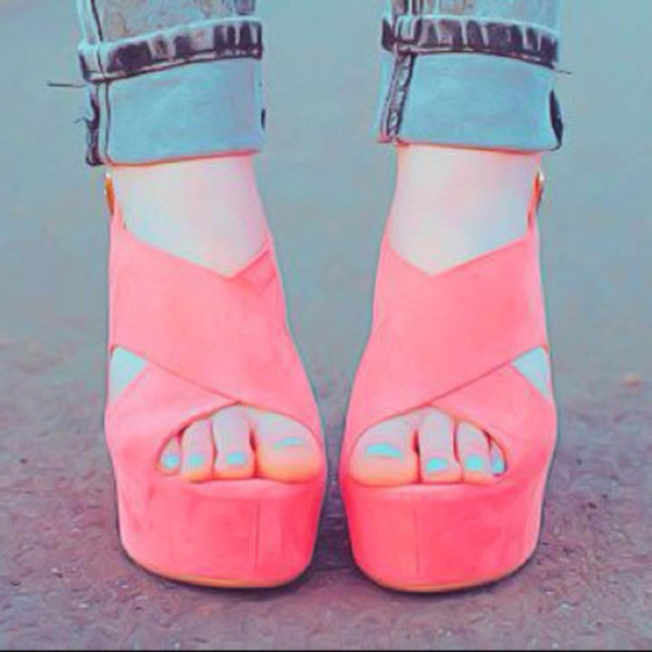 shoes high heels wedges neon pink pink heels beautiful pink shoes coral cute lovely heels summer la couleur est corail chaussures talons hauts été beautiful heels cool teenagers tumblr girl trendy coral wedges coral shoes hot pink shoes cute high heels purple shoes like high orange women plateau high heels photogrphy pink shoes fashion pastel pink