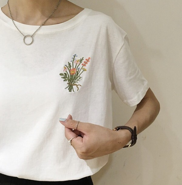 shirt white cute flowers white t-shirt white floral embroidered teee