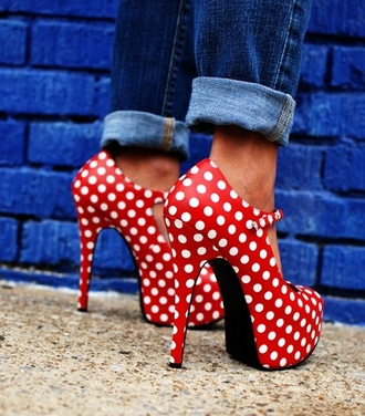 shoes red modern twist pop art polka dots 60s style heels high heels red high heels pin up print heels strappy spring white found skletos goes with everything cute amazing red and white strappy heels