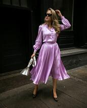 memorandum,blogger,skirt,shoes,sunglasses,bag,jewels,purple,pleated skirt,purple skirt,purple shirt,summer outfits