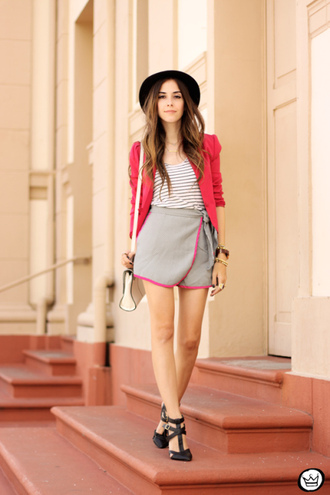 fashion coolture blogger grey skirt red jacket