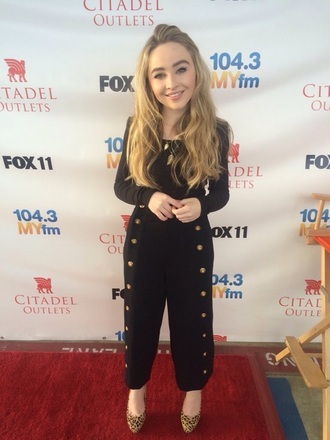 sabrina carpenter black top pants long sleeves concert girl fashion style disney clothes poof 90s style