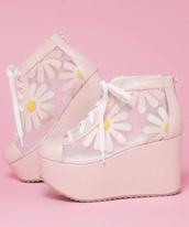 shoes,daisy,platform shoes,laces,white,cute,pink,flatforms,sneakers,plastic,platform daisy shoes,floral,transparent,transparent shoes