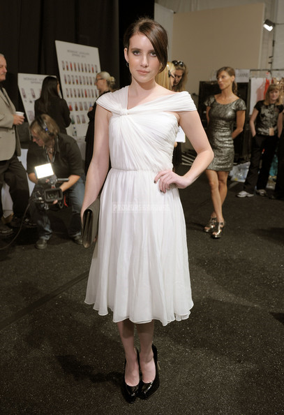 White Off-the-shoulder A-line Tea Length Pleated Chiffon Celebrity Dress - Promdresshouse.com