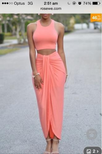 dress nude colour