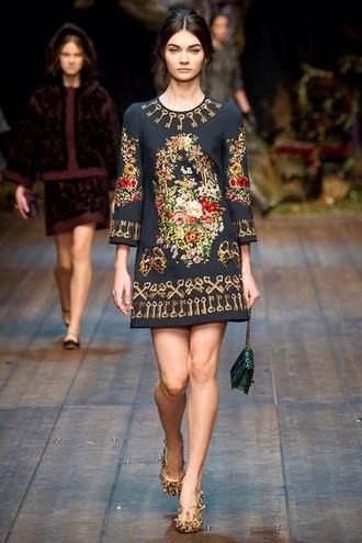 dress embroidered shift dress fashion fashion show little black dress vintage