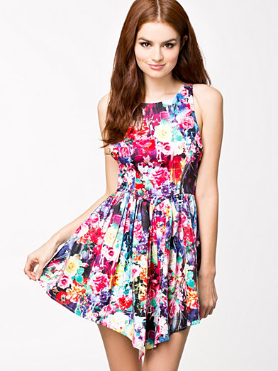 Picturesque Dress - Ginger Fizz - Multi - Festkjoler - Tøj - Kvinde - Nelly.com