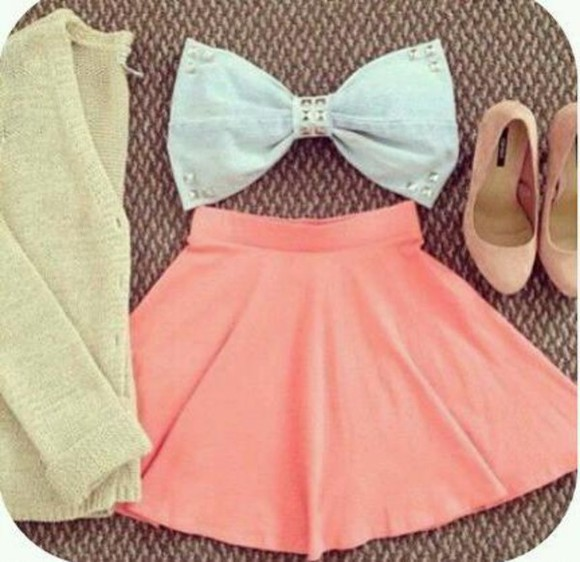 shoes high heels bow cute tank top denim jewel jewels adorable blue pale light blue bows skirt jumper cardigan pale green cardigan pale pink skirt perfect cute bows pink high heels sweater