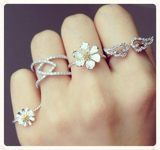 jewels ring rings and tings dara flowers wings gold silver ring glitter rings & tings summer beyonce rings cute summer