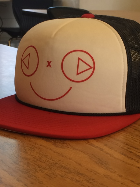 3f3a0bb303fd53 hat, play button, happy, red, blue, white, trucker, cap, smiley ...