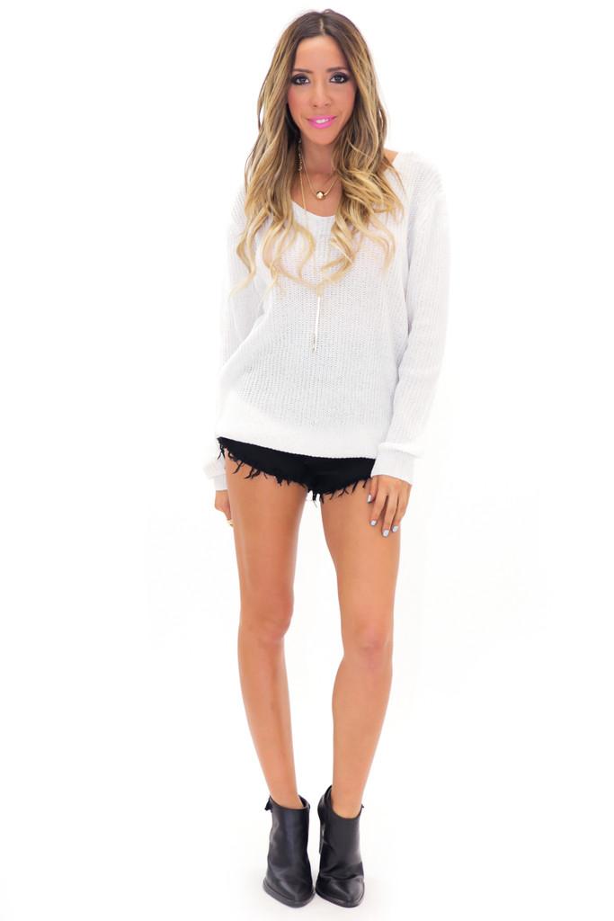 Neck light knit sweater | haute & rebellious