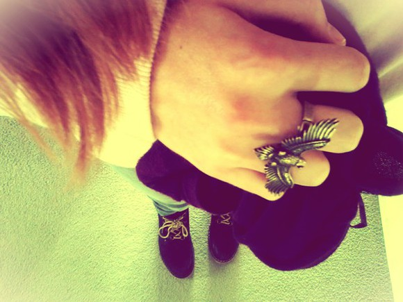pink light pink jewels ring rings eagle eagle ring gold bronze ring blue dark blue shoes blue timberlands timbs