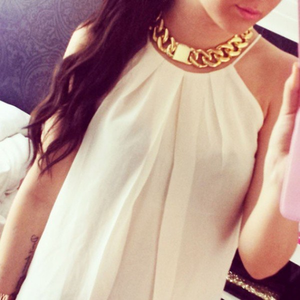 jewels chunky necklace