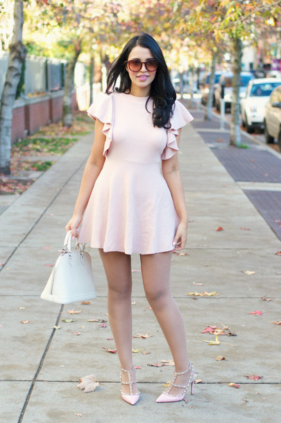 4589626f925b gumboot glam blogger dress pastel dress pink dress light pink ruffle pink  heels white bag white