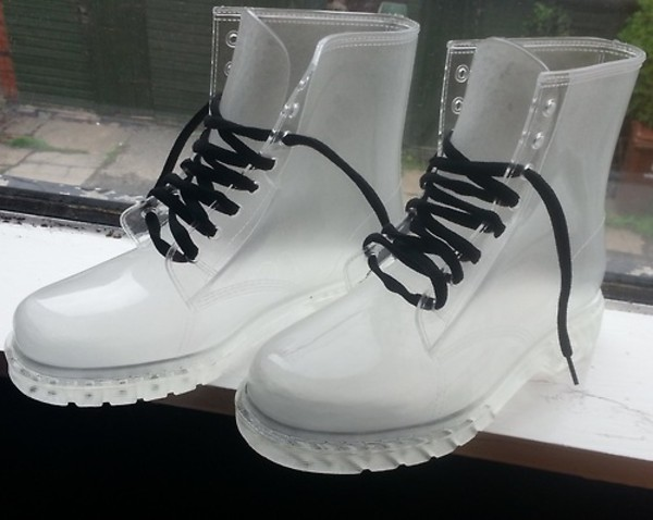 clear clear boots plastic plastic shoes DrMartens soft grunge grunge shoes grunge accessory timberland shoes clear pretty new hot white see through transparent transparents DrMartens needtohave boots transparent shoes shorts black