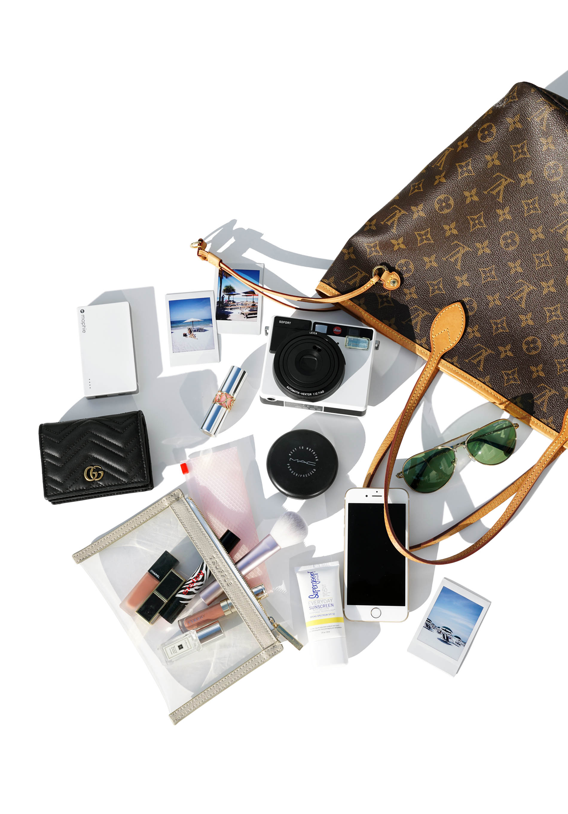 Inside My Bag Archives | The Beauty Look Book